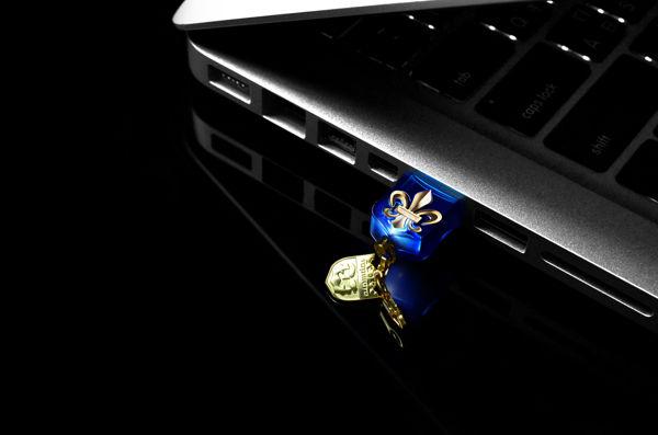 NR Crystal USB3.0 1