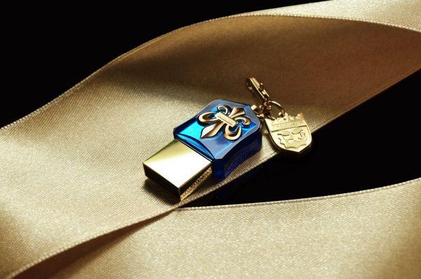 NR Crystal USB3.0 2
